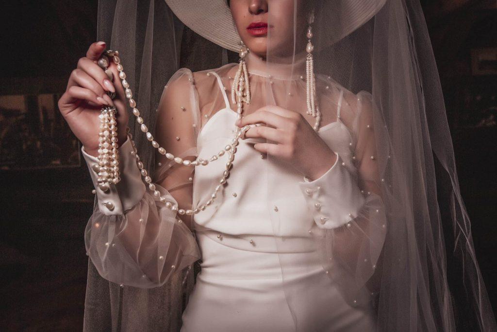 Detalle de vestido novia colección Bruma Montse Arias Costura