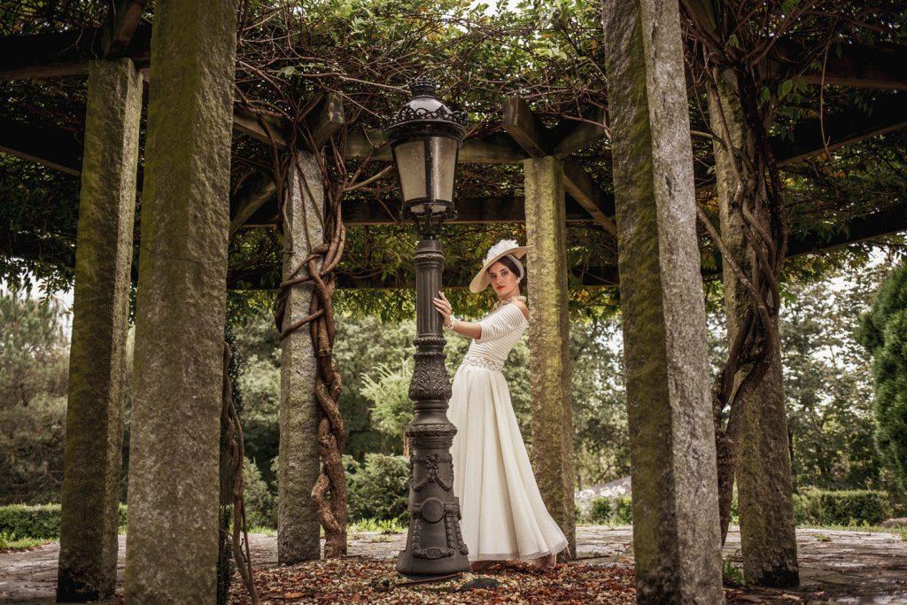 Vestido de novia colección bruma de Montse Arias Costura